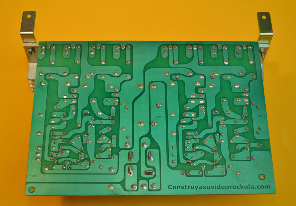 Circuito Impreso De Amplificador De 3000w : Proyectos electronicos diy construya un amplificador