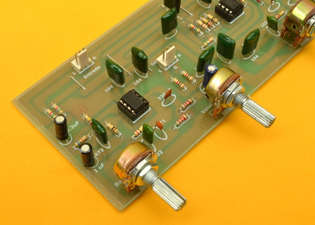 esquema circuito activo: