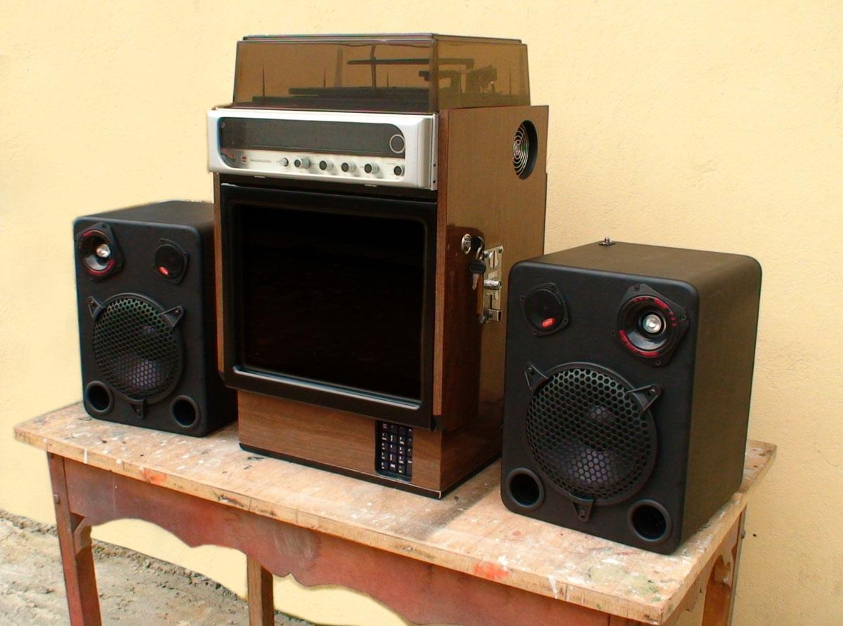 Videorockola construida a partir de un equipo de sonido - Muebles para equipo de sonido ...