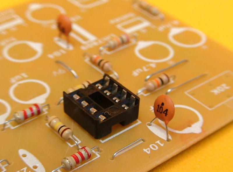 lista de materiales circuitos i